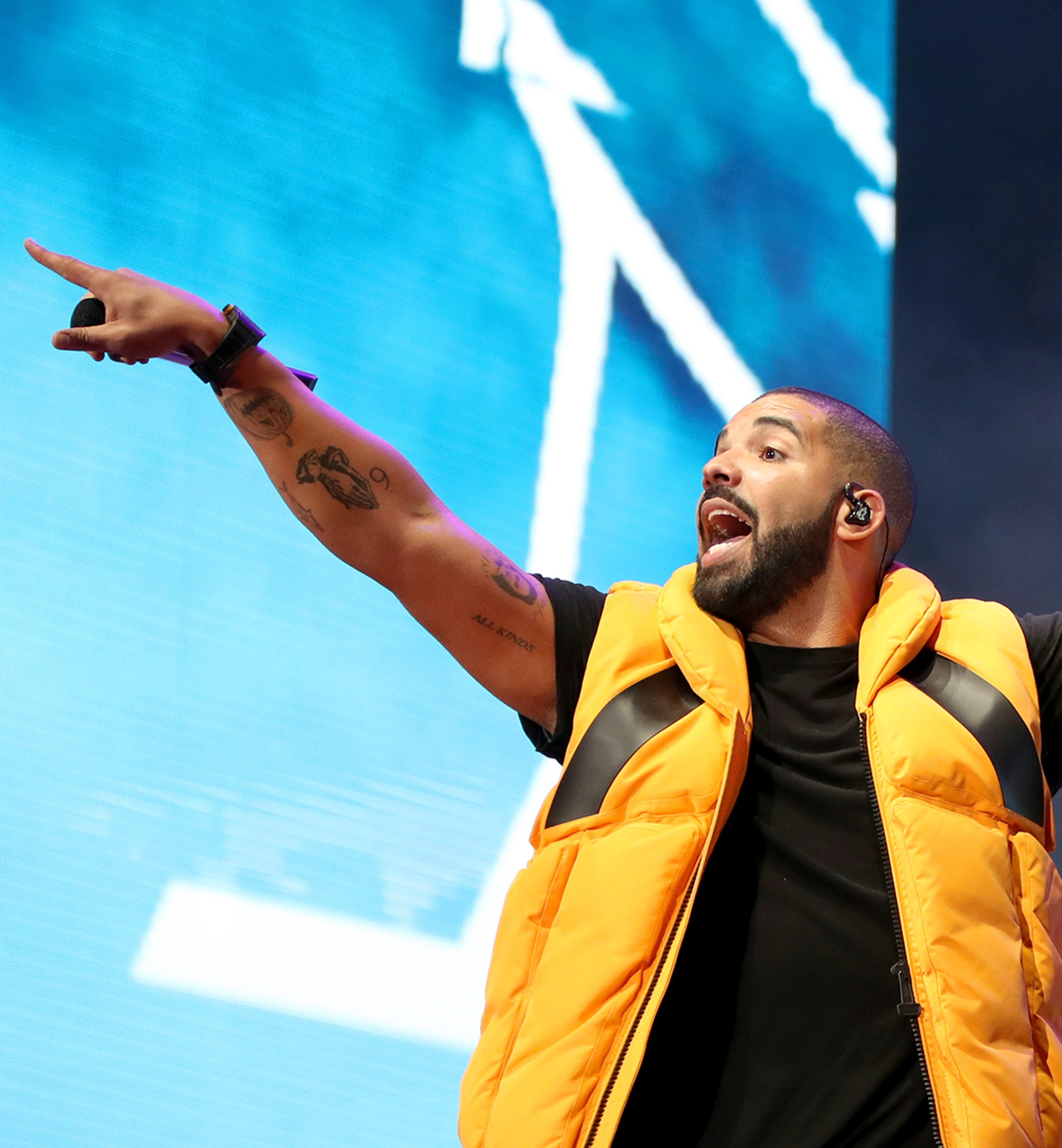 Drake Record Mobile Hero