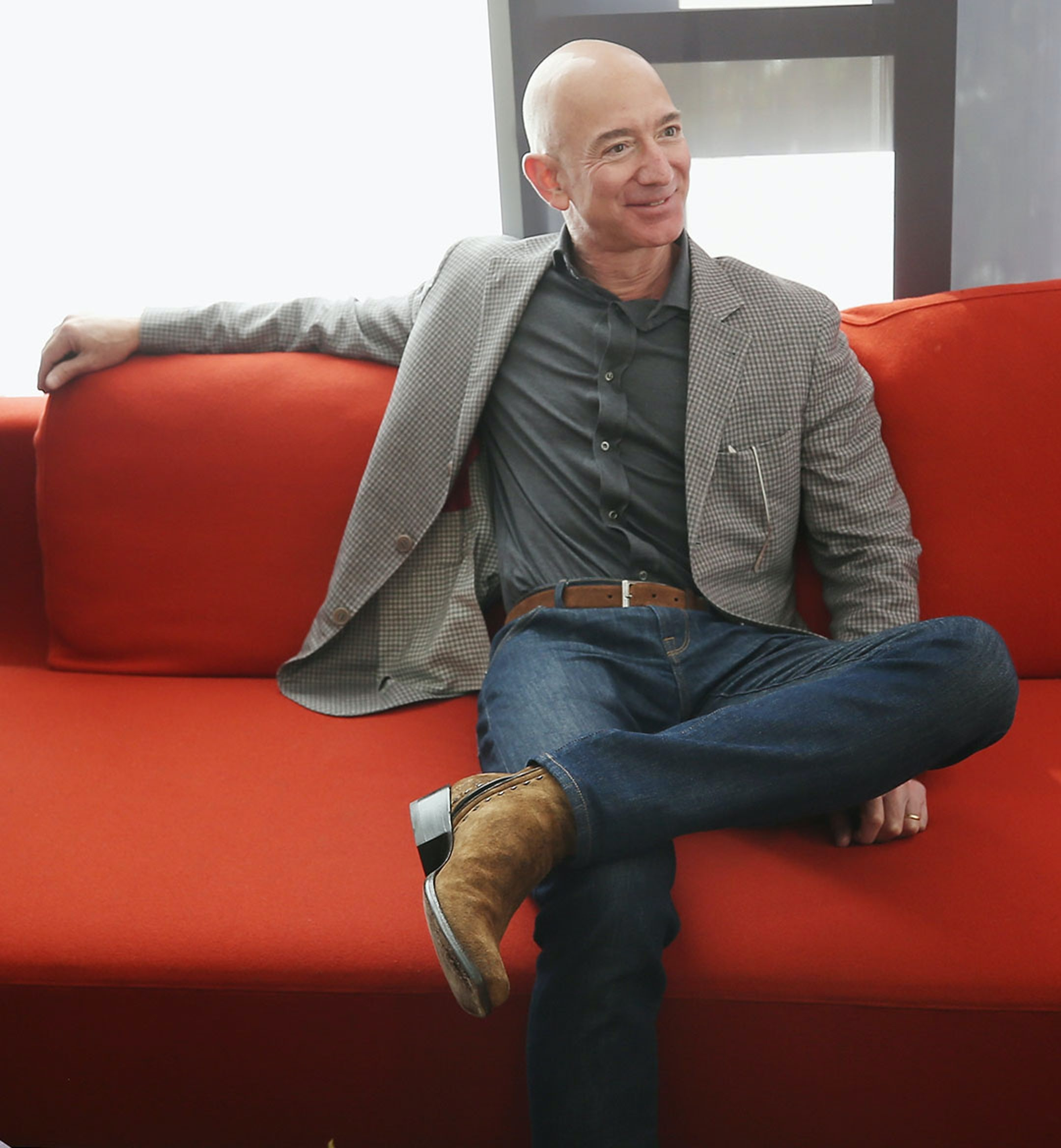 Jeff Bezos Mobile Hero Imaeg 1080x1168 0