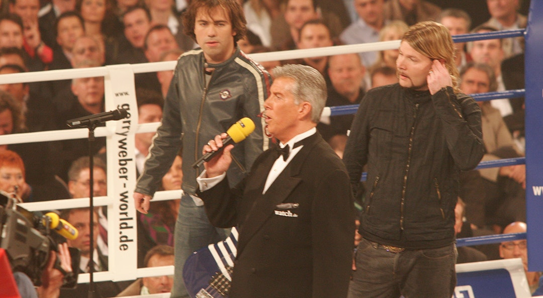 Michael Buffer in the ring category 0
