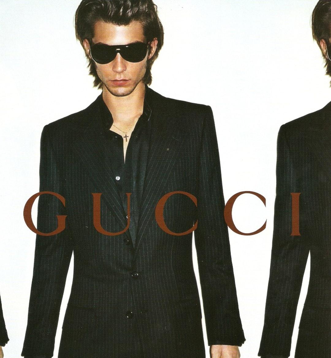 Gucci ad 2001 mobile