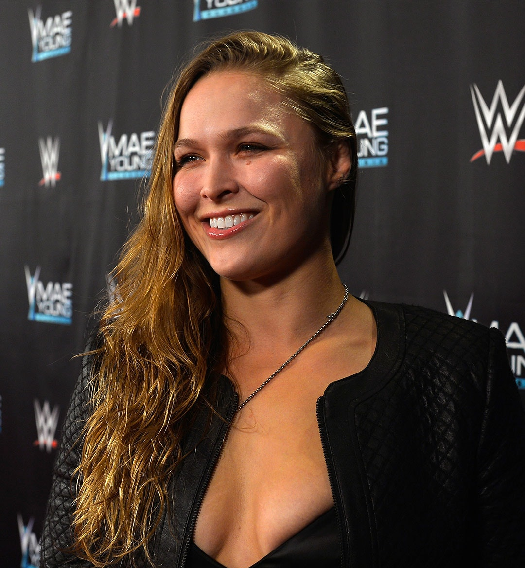 Ronda Rousey Mobile Hero Imaeg 1080x1168