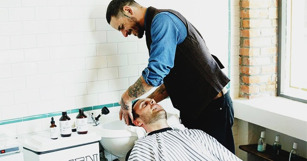 This Barbershop Uses Robots to Fix Your Hairline
