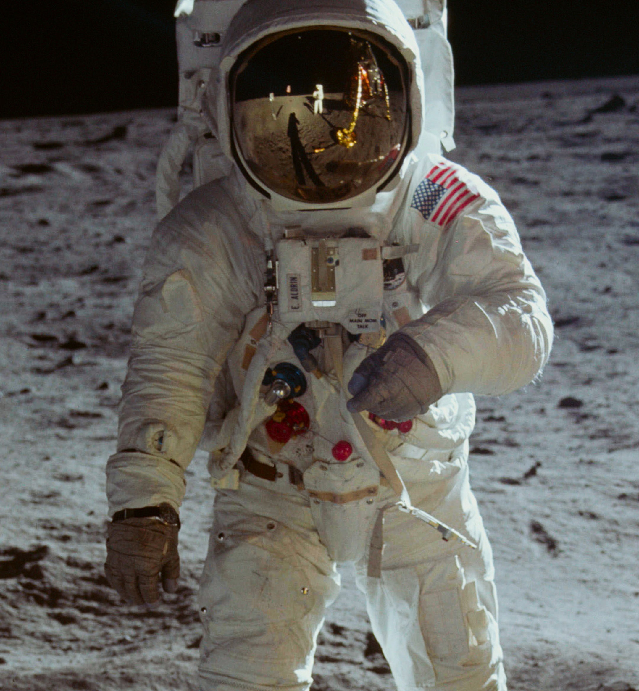 Apollo 11 mobile