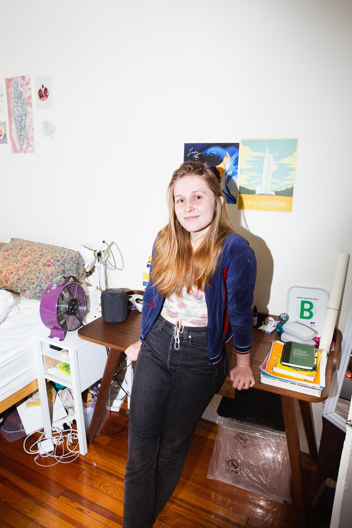 NYU graduate Lauren Cunfer 5868