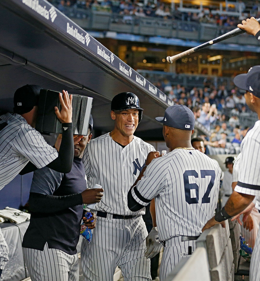 Yankees TV Mobile Hero Imaeg 1080x1168