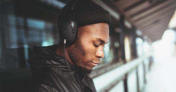 7 Affordable Over-Ear Headphones You Can Buy on Amazon
