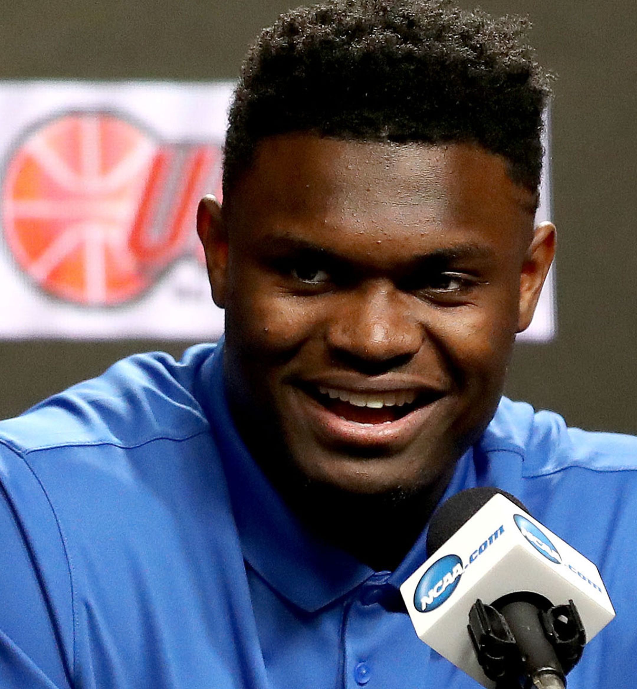 Zion Williamson Desktop Hero 2160x954