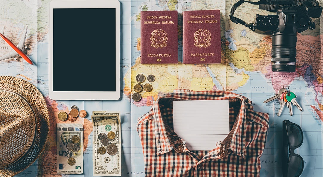 Want to Make Money and Travel? Here's How to Do It