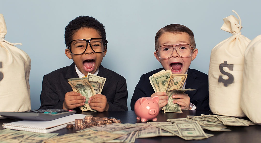 7 Money Habits of People Who Have More Money Than We Do