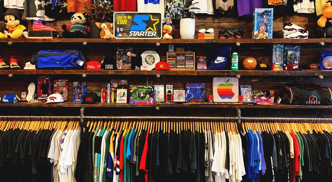 5 Tips and Tricks for Vintage Tee Shopping