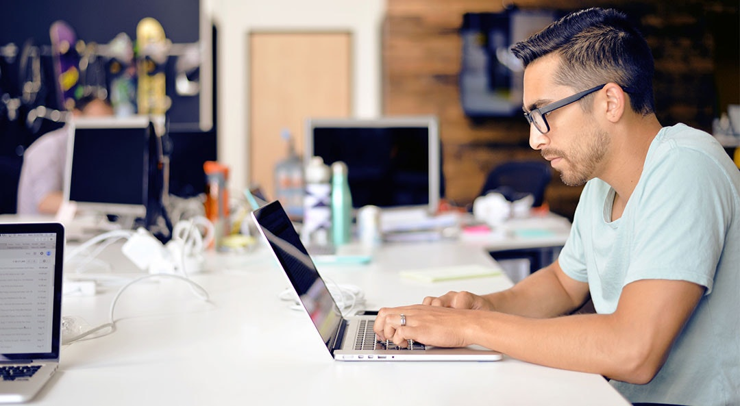 7 Office Hacks to Help You Crush It at Work