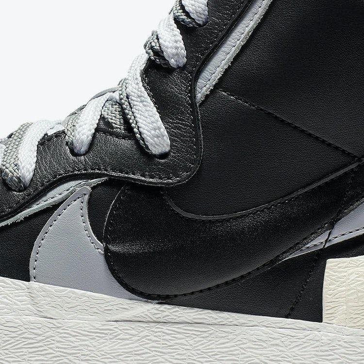 Nike Sacai Blazer Mid 02