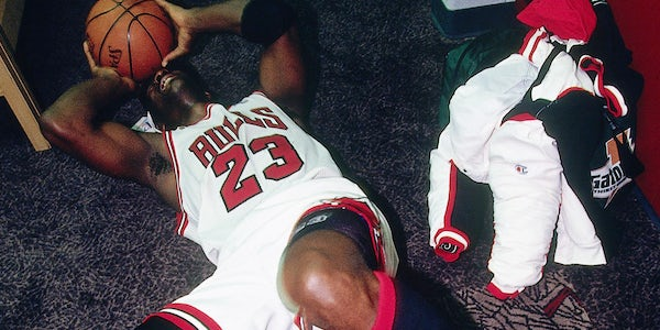 """The Iconic Moment That Made the Air Jordan 11 """"Bred"""" Unforgettable"""