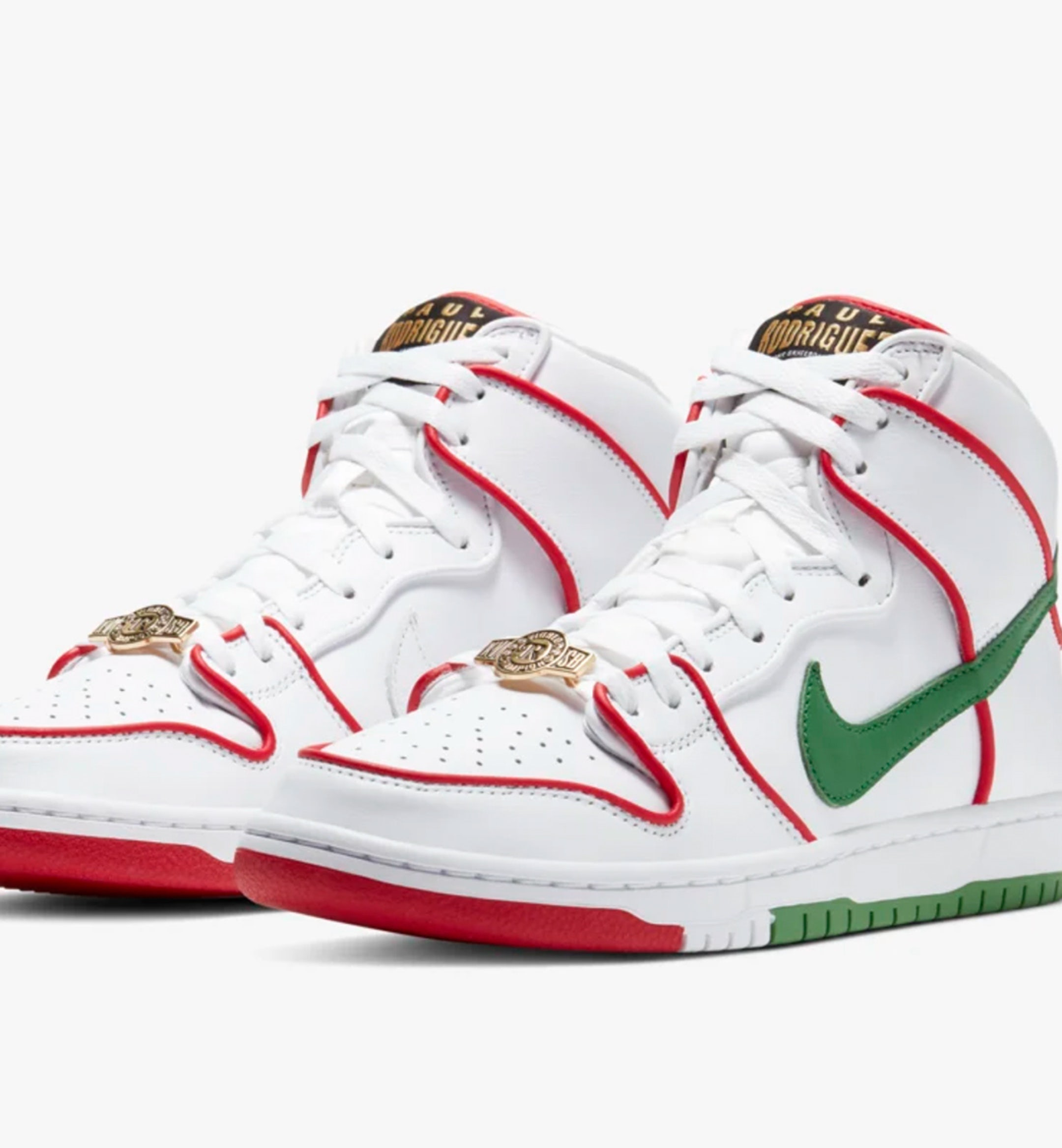 sneaker drops sb dunk high hero