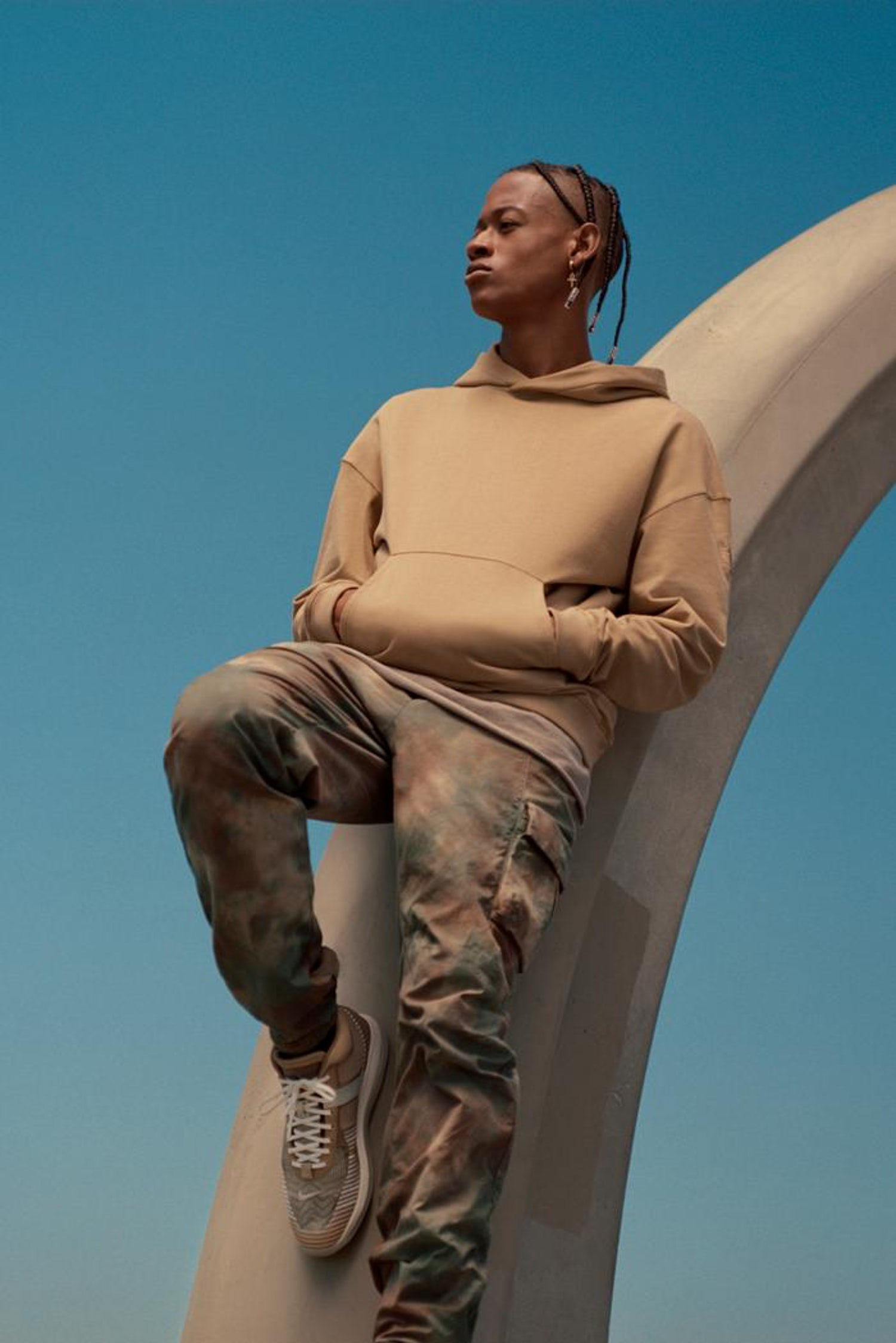 https   hypebeast.com image 2019 10 john elliott nike lebron icon qs apparel clothing collab 1
